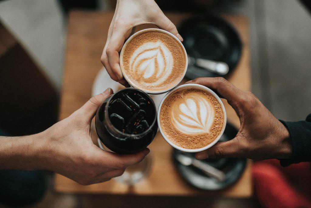コーヒーでチェアー