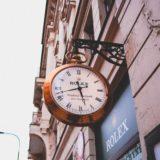 ロレックスの街頭時計