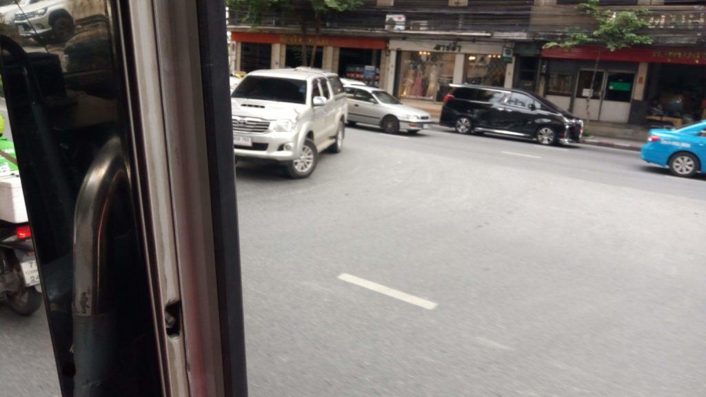 バンコクの路線バスからの風景