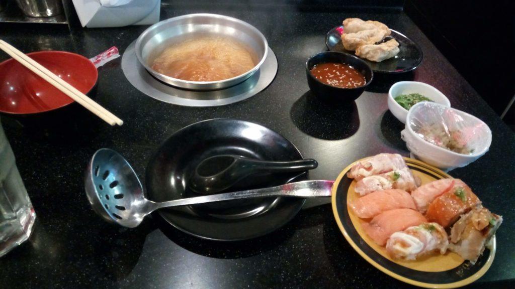 トムヤムクンスープと寿司