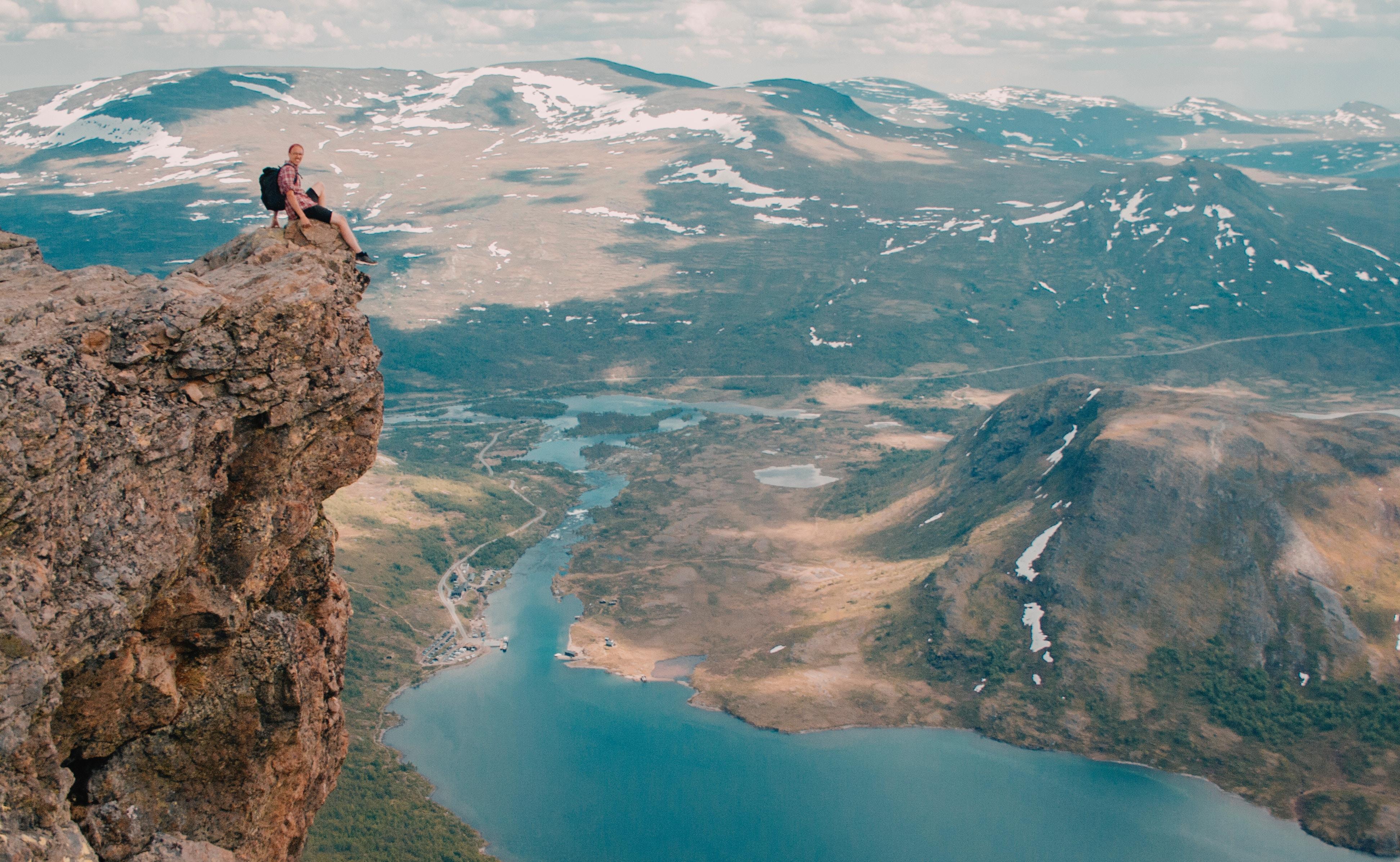 ノルウェーのどこかの山頂