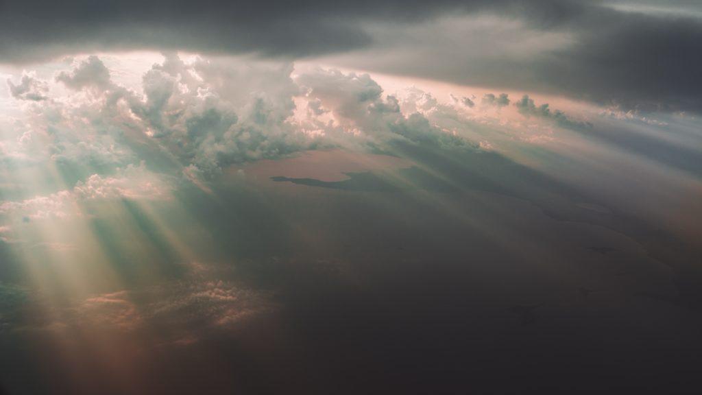 太陽のカーテン