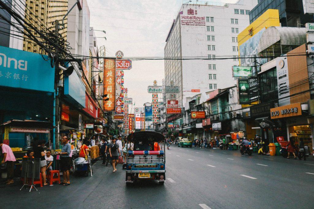 タイ中華街のトゥクトゥク
