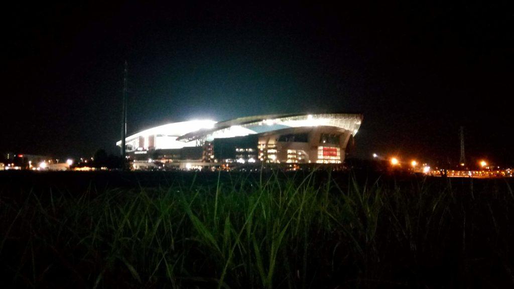夜の埼スタ