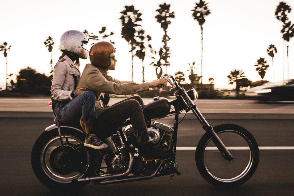 バイクの二人乗り