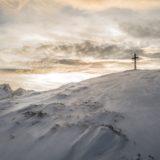 氷山のある十字架