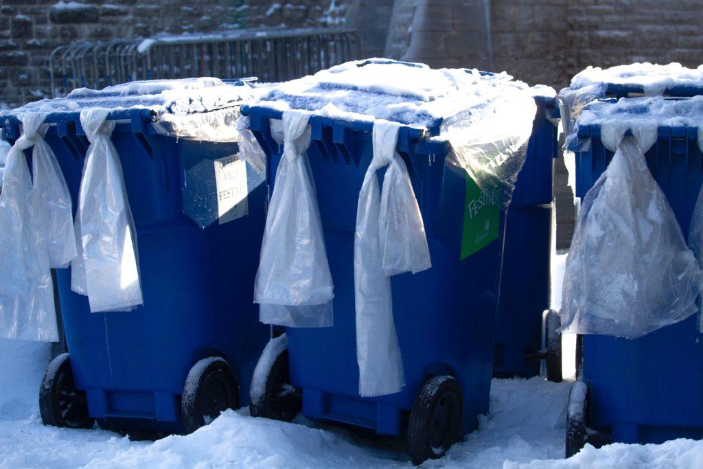 雪国のゴミ箱