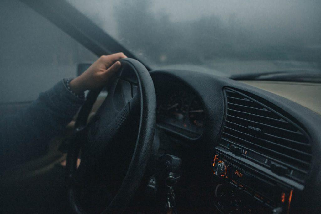 風邪ひきな運転者