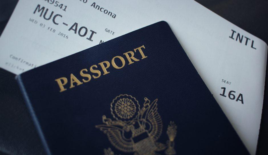 どこかの国のパスポート